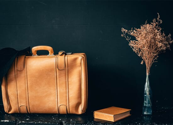 leather bag product photography
