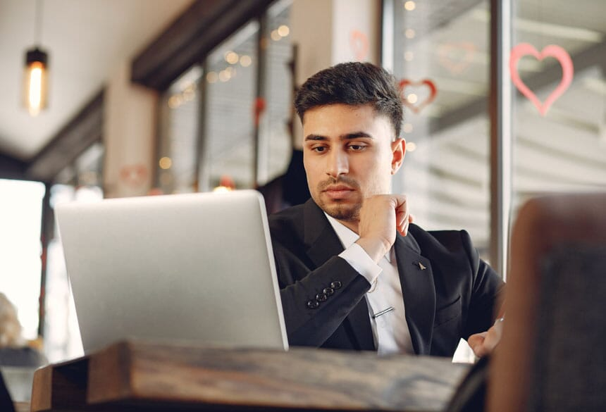 employee working businessman lahore pakistan